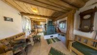 Kmečka hiša - jedilnica z kuhinjo